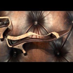 Donald Pliner Viana Sandals Tan Leather